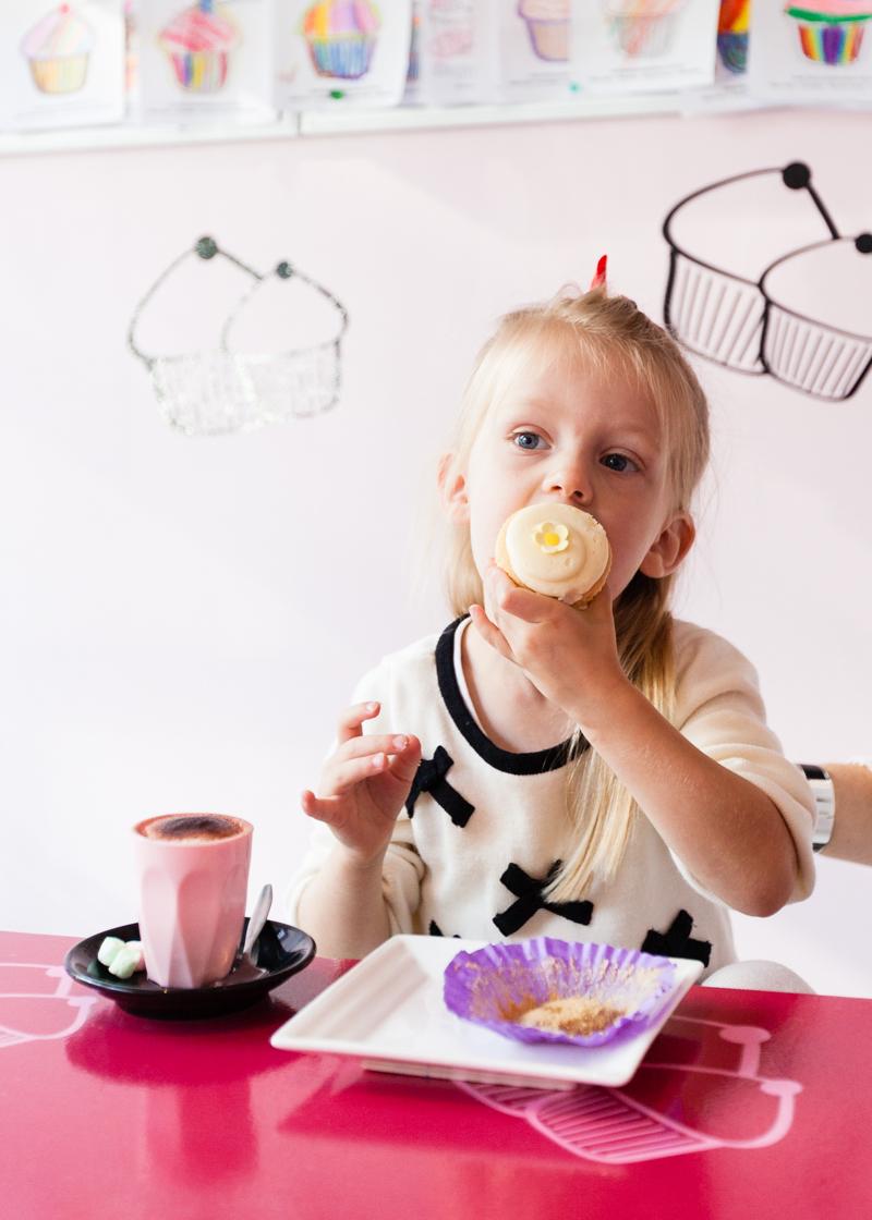 Cupcake-Queens-AmeliaStanwix-8-web